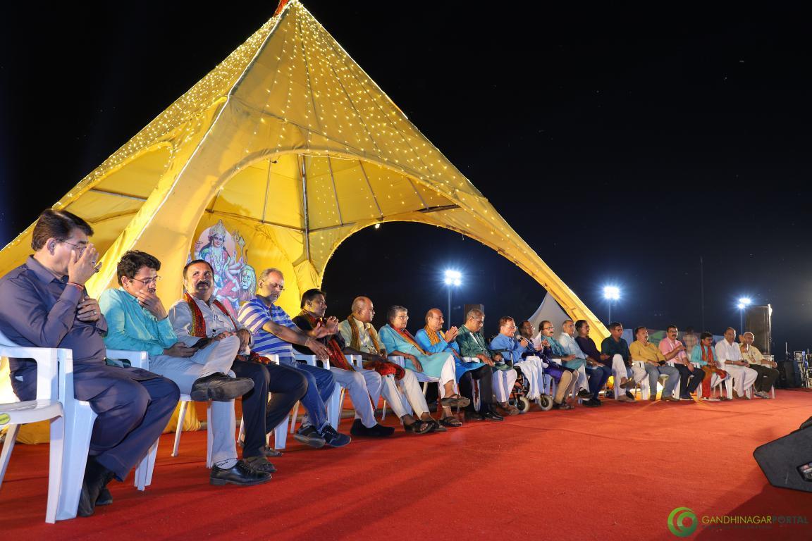 Live-Garba-Gandhinagar-Cultural-Forum-2019-Mega-Final-138