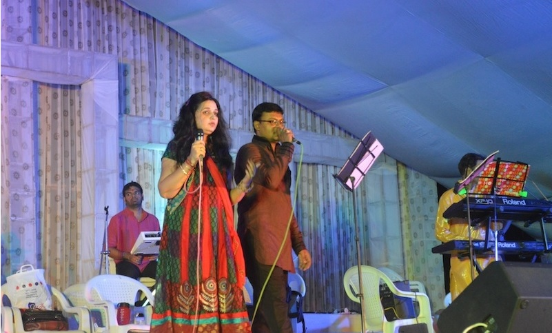 Navali Navratri 2013:- Deepti Desai and Group- Day 6 -LIVE on Youtube